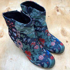 Women's Indigo Rd Fashion Boots Multicolor Sz 7.5